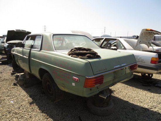 Junkyard find 1973 mercedes benz 280ce for Mercedes benz junkyard