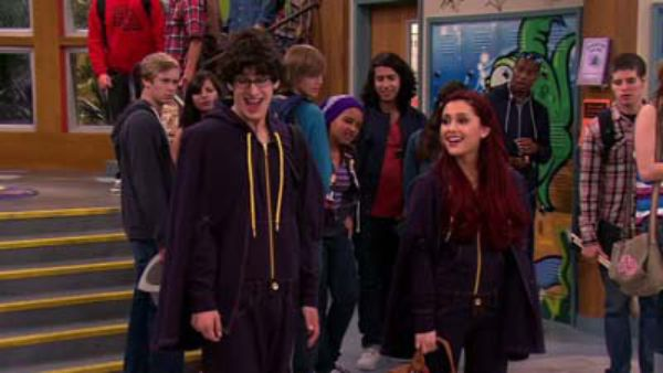 Watch Victori-Yes (Ep 13) - Victorious - Season 4