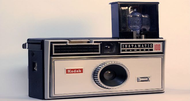 kodak changing the picture Kodak instamatic cameras enabled picture-takers to take four flash pictures without changing flashbulbs  the kodak picture network was announced,.