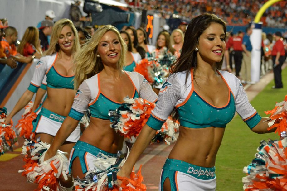 You thanks Nfl cheerleaders wardrobe fails