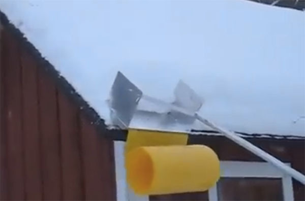 Blizzard Hacks Build A Clever Avalanche Roof Rake