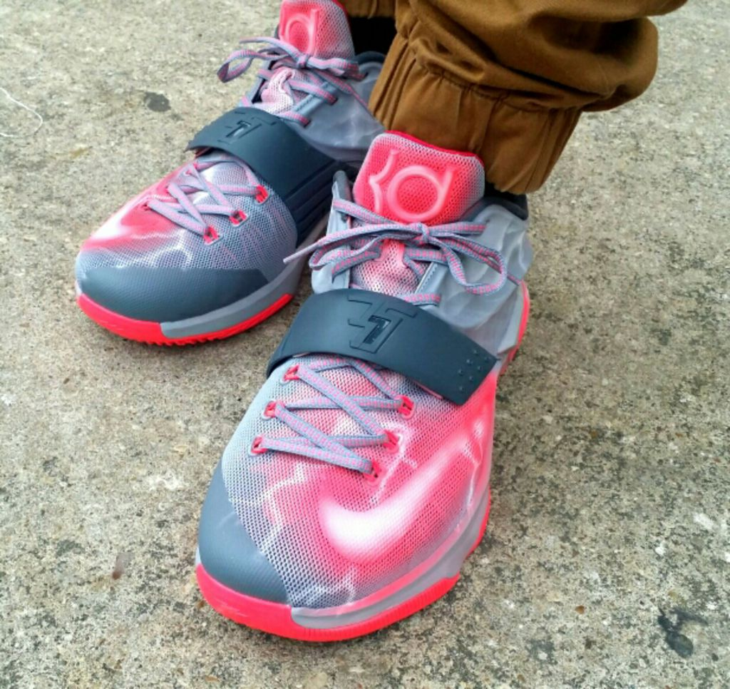sale retailer a020e 0edf9 ... Angel Wings Mens Nike Kevin Durant Basketball Shoes GFZQBSD88 wholesale  Nike KD 7 ...