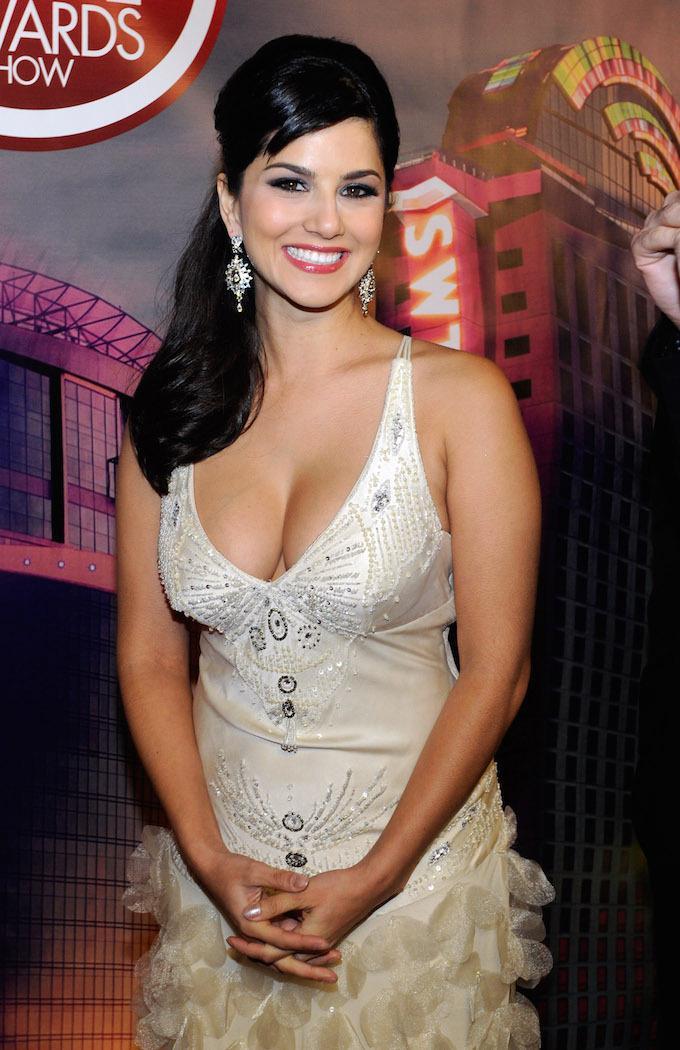 Former Xxx Porn Star Sunny Leone Talks Marvel Style Superhero Role In Bollywood Movie-3222