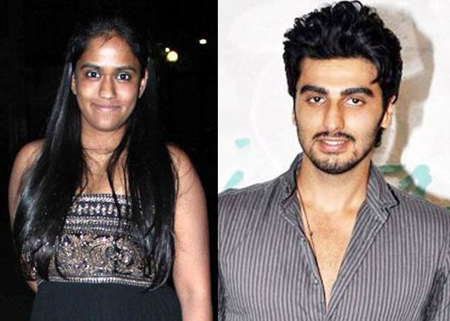great profile headlines for dating sites to attract men: arjun kapoor dating arpita khan and ayush