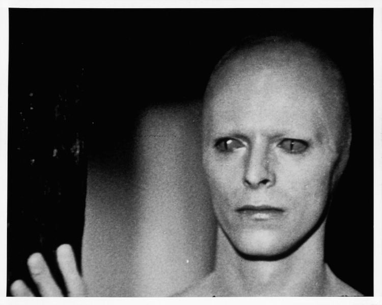 david bowie 39 s man who fell to earth soundtrack finally. Black Bedroom Furniture Sets. Home Design Ideas