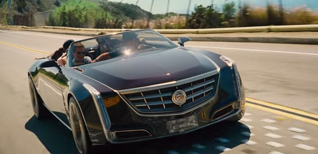 drama drives a cadillac ciel four door convertible in 39 entourage 39 movie video. Black Bedroom Furniture Sets. Home Design Ideas