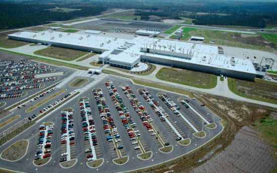 Nlrb mercedes violated labor act in alabama facility for Mercedes benz plant in alabama jobs