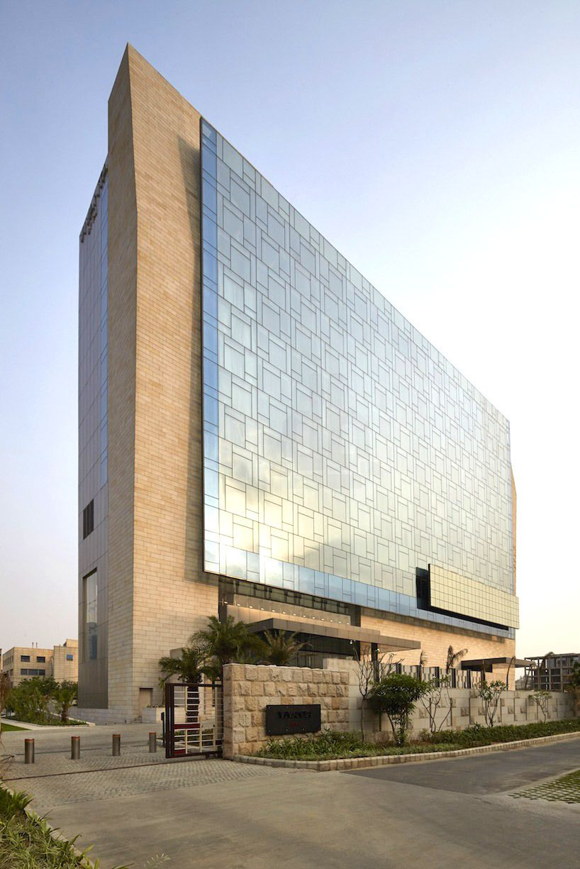 Wow Architects Designs Vivanta By Taj Hotel In Gurgaon Designboom Architecture Design Magazine