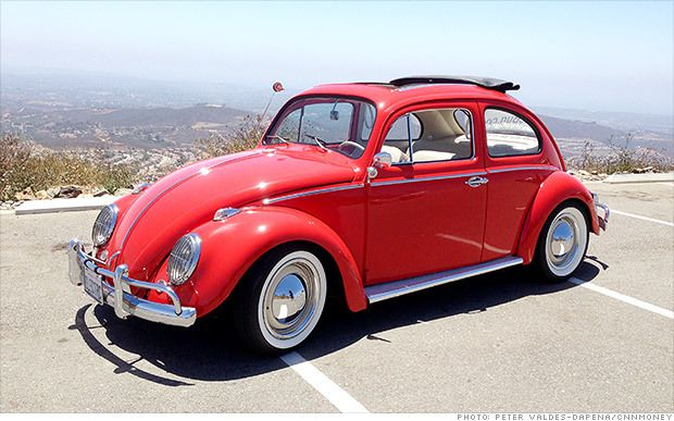 the classic vw beetle goes electric. Black Bedroom Furniture Sets. Home Design Ideas