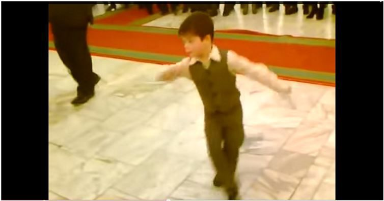 This kid seriously owns the dance floor for 1 2 3 4 get on d dance floor